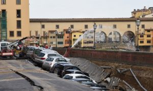 Auto incidentate a Firenze