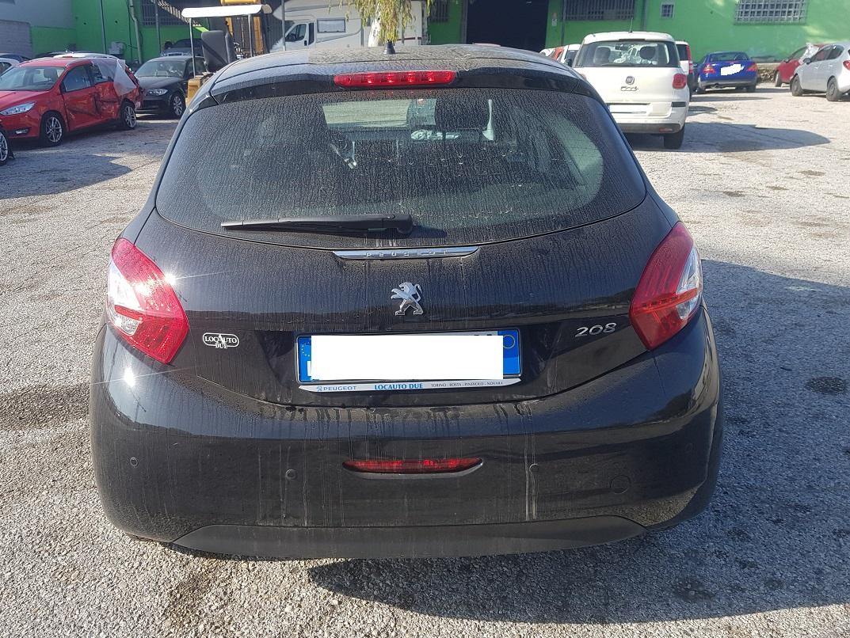 Peugeot 208 1.4 hdi sport 68cv anno 04-2015