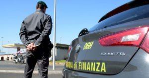 Auto di lusso, truffate ottocento persone in tutta Italia